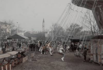 Prve izvedbe praznika pomladi (konec šestdesetih ali začetek sedemdesetih). V Doberdobu je bil celo vrtiljak.