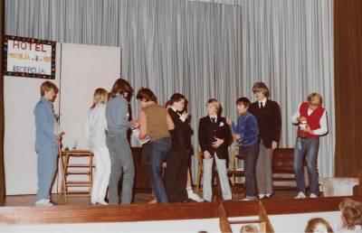 November 1983. Gostovanje šole Erjavec iz Rojana.